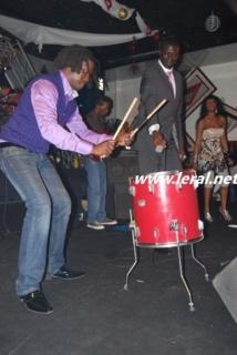 Baye Demba Faye et le Sing Sing Rythme Live magic land (Tiat)