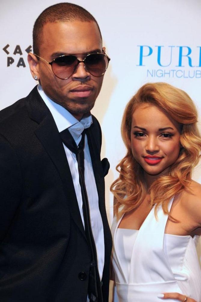 Chris Brown fait la promo de sa marque avec Karrueche Tran !