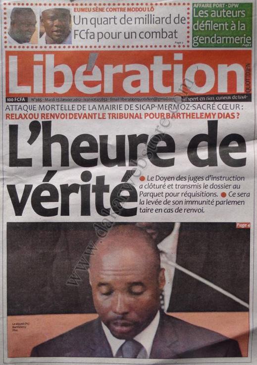 A la Une du Journal Libération du mardi 15 janvier 2013