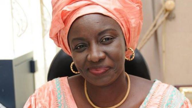 """Aminata Touré: """"Notre cœur de mère saigne face à tous ces jeunes qui périssent en mer"""""""