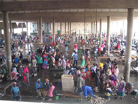 L'armée octroie deux chambres froides au marché aux poissons de Pikine