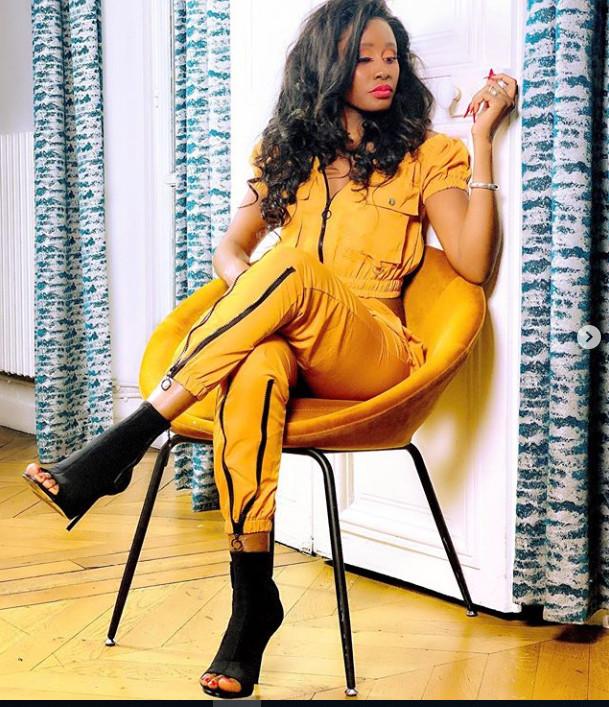 (Photos)-Queen Biz dans un nouveau look qui déchire, regardez!