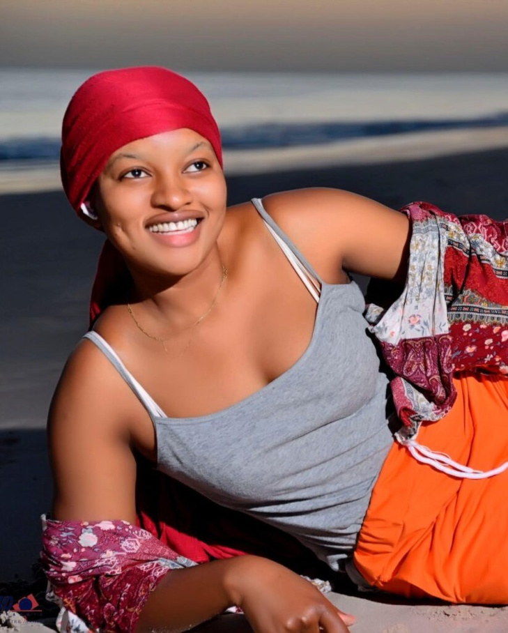 L'actrice Adjara fait sensation sur la toile avec ses clichés hot (Photos)