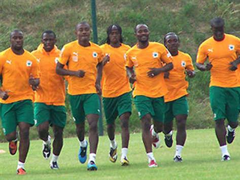 La Côte d'Ivoire, première qualifiée au second tour, l'Algérie éliminée