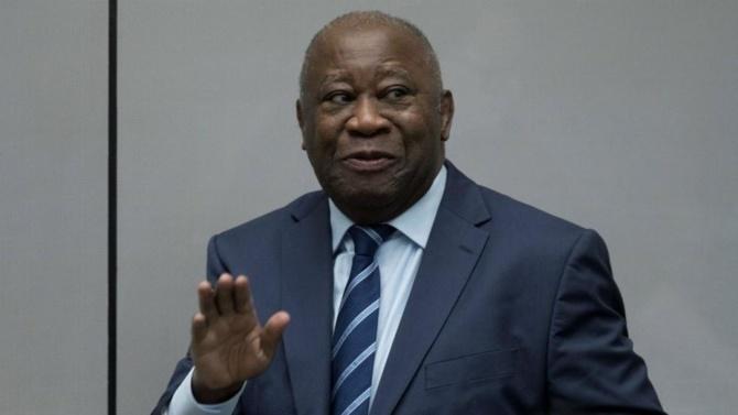 Passeport diplomatique: Laurent Gbagbo a son récépissé et...