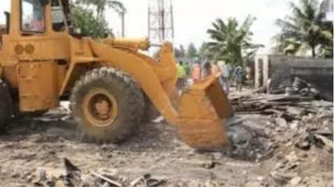 Rufisque: Plusieurs maisons détruites à l'aide de bulldozers