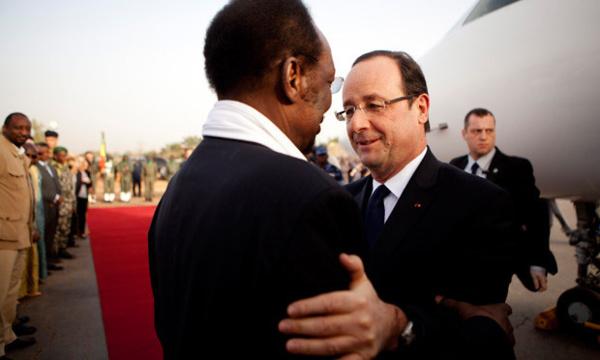 Le Nord-Mali reconquis en deux temps, trois mouvements par l'armée française: Dieu, quelle est belle la petite guerre africaine de M. François Hollande !