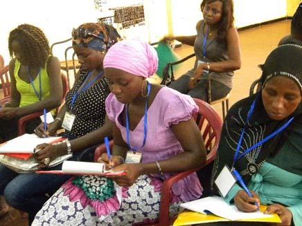 Lutte contre la paupérisation: des femmes créent une maison des métiers