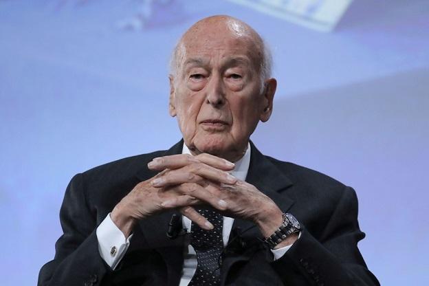 La France en deuil: L'ancien président Valéry Giscard d'Estaing est mort à 94 ans