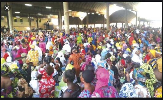 Impactés de Covid 19 à Thiès: Le Garde des Sceaux, Me Malick Sall finance plus de 125 regroupements féminins