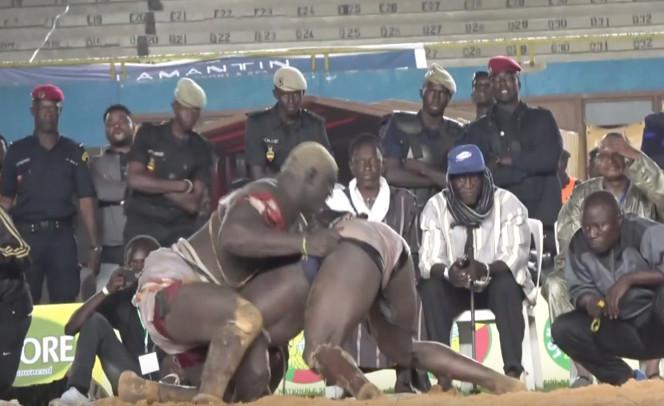 """Lutte - Le camp de Modou Lô prévient le fils de Falaye Baldé: """"il n'est pas Balla Gaye 2.."""""""