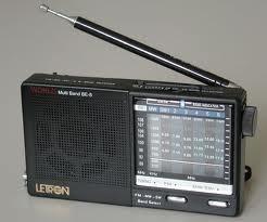La radio continue d'occuper la première place dans l'information des masses