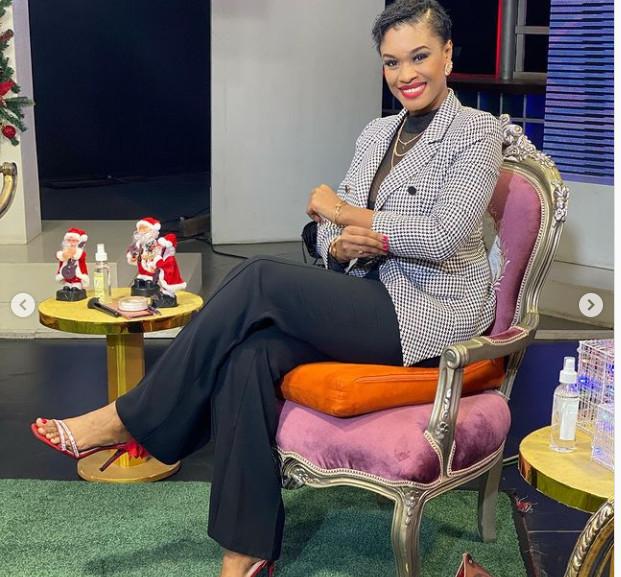 Photos-Appréciez le nouveau look très classe de Ndeye Ndack