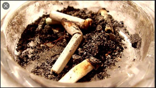 Tabagisme: Une loi en vue pour empêcher les jeunes de fumer