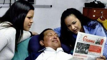 """Hugo Chavez de retour dans la """"patrie vénézuélienne"""""""