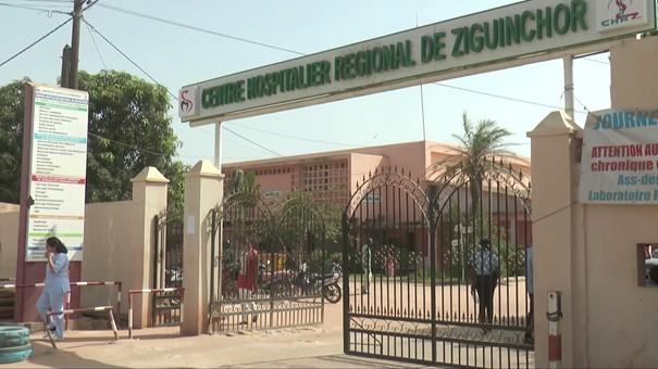 Sit-in des travailleurs de l'hôpital régional de Ziguinchor : la tension palpable entre direction et ses employés