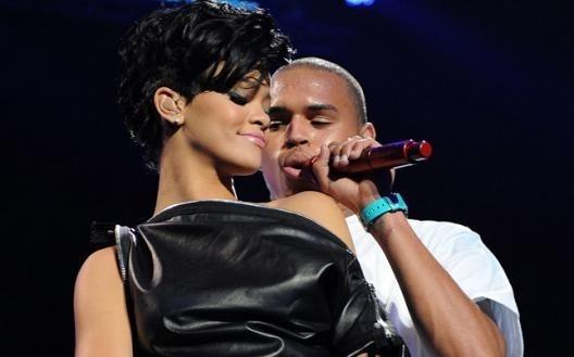 Rihanna enceinte, Chris Brown bientôt papa ?