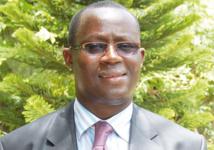 Me Augustin Senghor: « Le Sénégal n'a pas les moyens de son ambition »