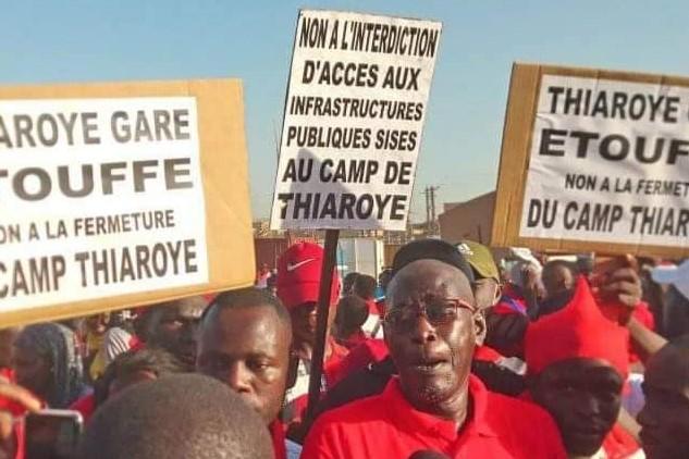 Les voies d'accès au Camp militaire de Thiaroye fermées: Le ras-le-bol des conseillers municipaux et populations à Macky Sall