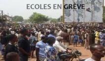 Guinguinéo : les étudiants déversent leur colère sur les autres écoles de la commune