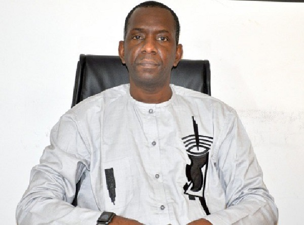 Abdou Ly, le DG de l'ARTP brandit la menace: « Nous n'hésiterons pas à couper le signal si cela s'avère nécessaire »