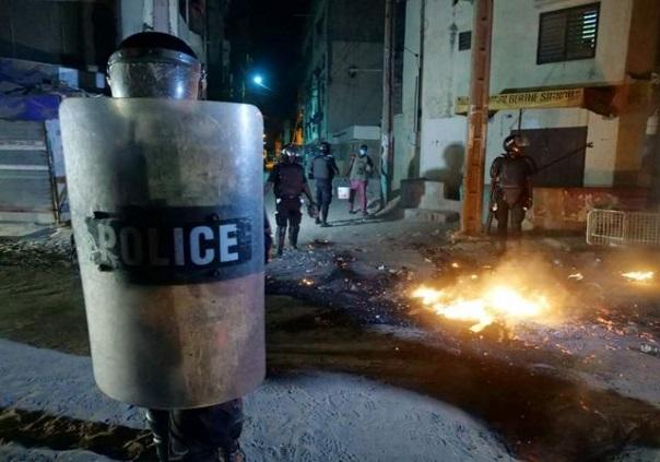 Etat d'urgence assorti d'un couvre-feu: Des citoyens doutent de sa pertinence