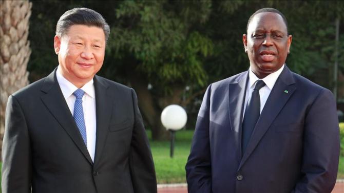 """Pékin prêt à mettre à disposition 200.000 doses de son vaccin: Le """"oui, mais"""" de Dakar..."""