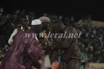 [Vidéo] Ama Baldé trop fort pour Amanékh