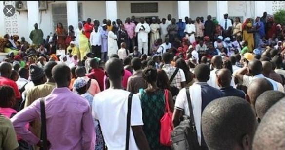 Sit-in dans les IEF: Des instituteurs protestent contre un non-paiement de salaire