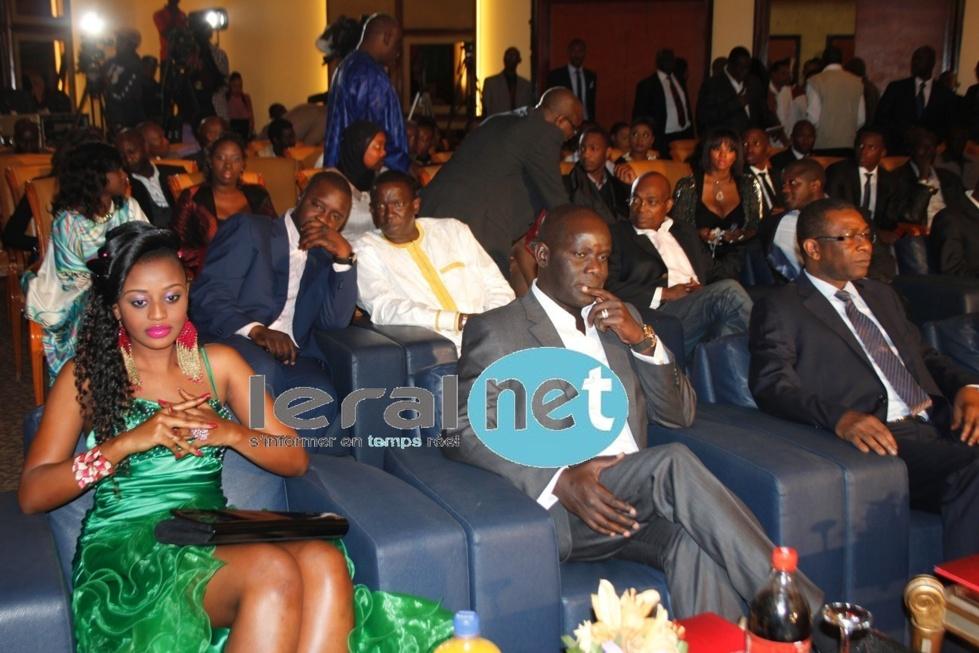 Penda Ly aux côtés de Malick Gakou et Youssou Ndour
