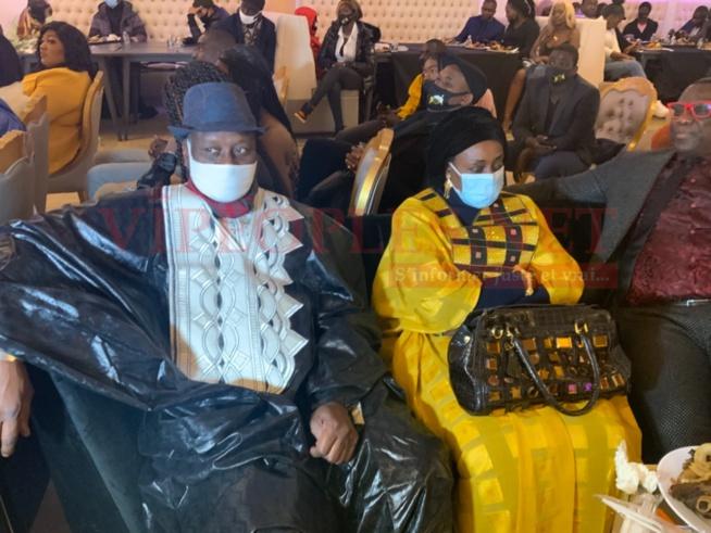 Photos/New York : Voici les deux parents de Mo Gates, venus apporter leur soutien à son discours de la renaissance