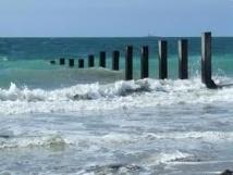 Saly Portugal, des brise-lames pour freiner l'érosion côtière