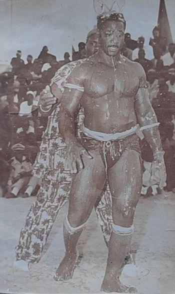 "Khar Mbaye Madiaga et ""Khaaro yalla"", orphelines de Boy Bambara"