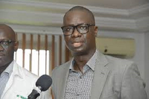 Geste noble à partager: Abdoulaye Dia de Senico gagne son procès contre 245 familles, puis leur offre son terrain