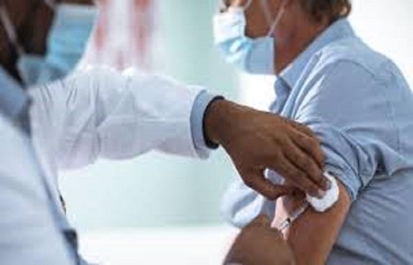 Stratégie nationale de vaccination: Des questions autour d'un choix cornélien