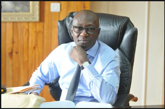 Abdoulaye Diop, Ministre de la Culture et de la Communication, rend hommage à Jean Meïssa Diop