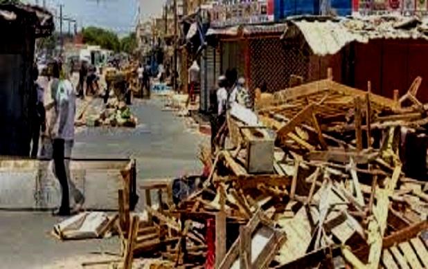 Démolition partielle du marché HLM Extension : Les victimes chargent le maire et interpellent Macky Sall