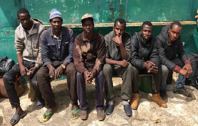 De retour au pays : les migrants demandent à l'Etat de tenir ses promesses