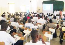 UCAD : Des étudiants du département de Sciences naturelles à la Faculté des Sciences et Techniques en colère