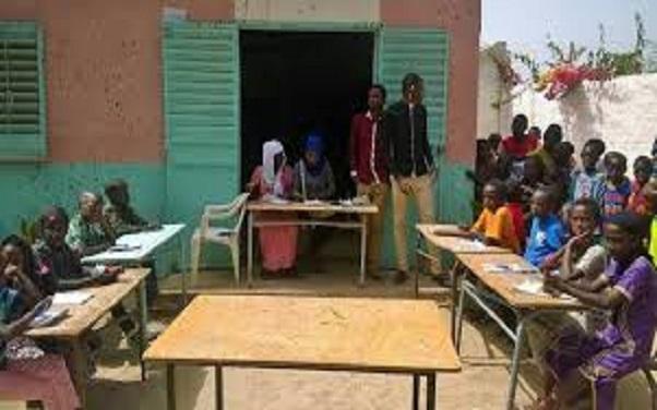 Alerte des enseignants et défenseurs des droits de l'enfant : l'environnement des écoles de Pikine menacé …