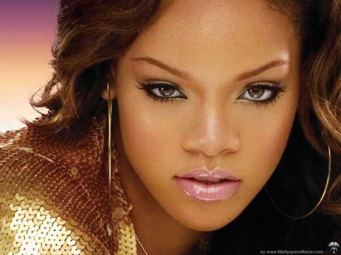 Rihanna lance sa propre marque de vêtements