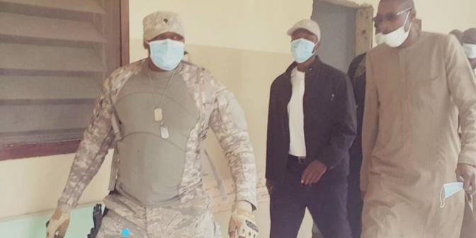 Ousmane Sonko rend visite à ses militants blessés