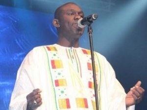 Pape Diouf, successeur de Youssou N'Dour ? Portrait d'une star en devenir