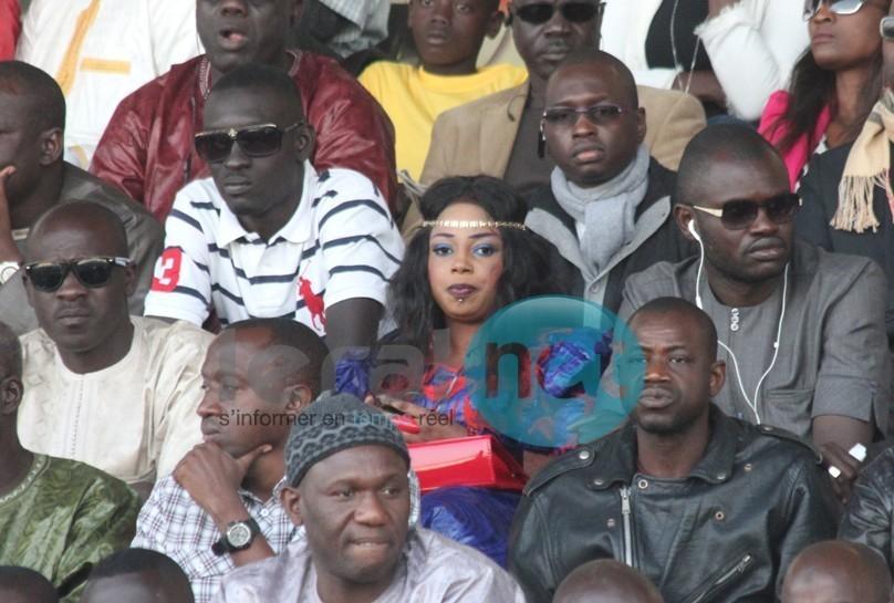 Oumy Gaye, la Miss Jongoma 2012 parmi les amatrices Vip de la lutte