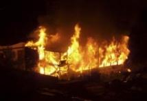 Vélingara : un violent incendie emporte plus de cinquante concessions au village de Tibo