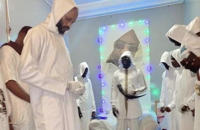 """2e jour d'interrogatoire du faux prophète: """"Je dois soigner le coronavirus avec cette lumière laissée à ..."""""""
