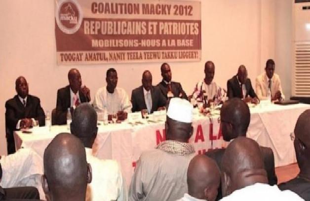 Campagne de vaccination: Les leaders de Macky 2012 veulent être les premiers à prendre la dose