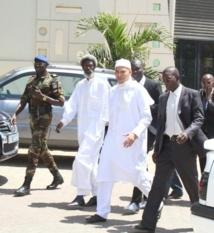[Urgent] Karim Wade cueilli chez lui par la gendarmerie