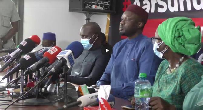 Ousmane Sonko refuse de rencontrer Adji Sarr, récuse et risque le mandat d'amener et de dépôt...