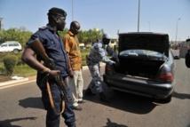 Pour 1000 francs Cfa, 2 policiers maliens passent à tabac un chauffeur sénégalais